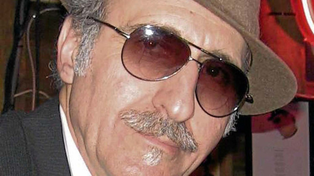 (Nov 29, 2011) The enigmatic and dry-witted Leon Redbone brings ...